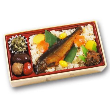 琵琶湖のあゆ姿煮弁当
